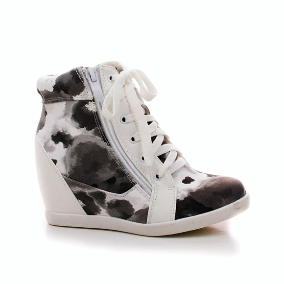 fashionable patterns fashion style of 2019 hot new products Girls Lace Up Color Splash Hidden Wedge Sneakers Boutique
